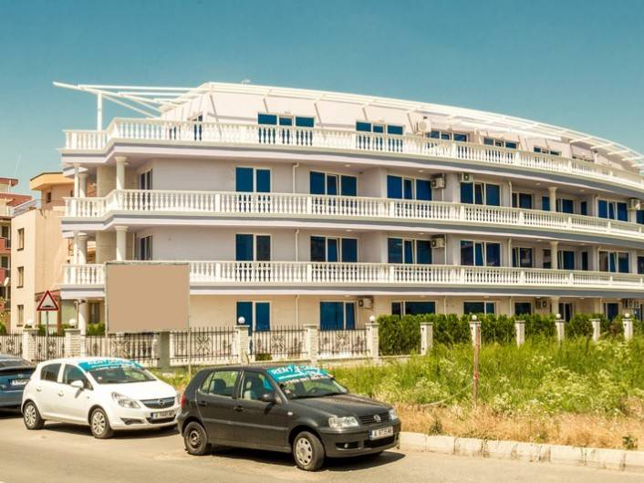 Dreizimmerwohnung in Ravda 138 m2
