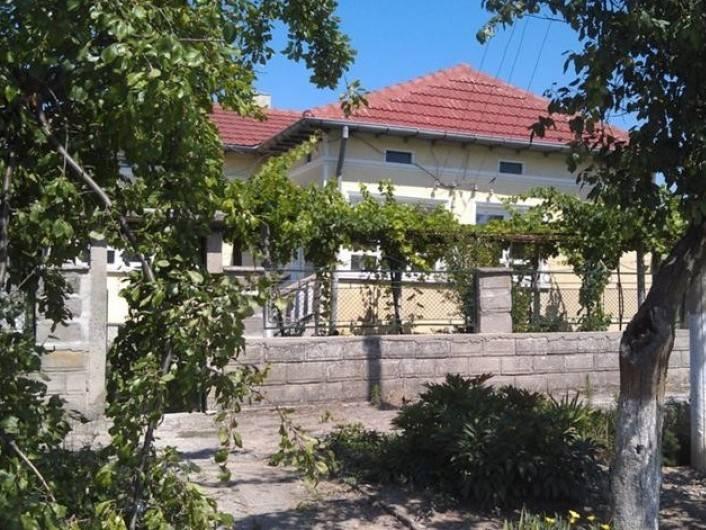 Haus in Preselentsi 100 m2