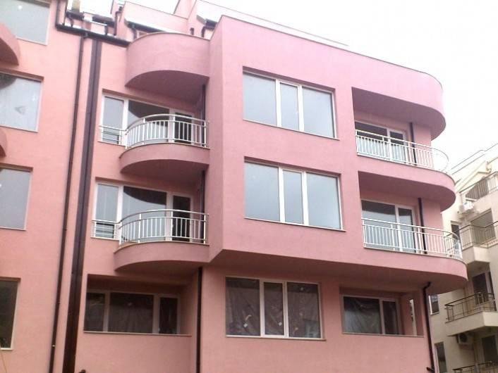 Dreizimmerwohnung in Briz, Varna 106 m2
